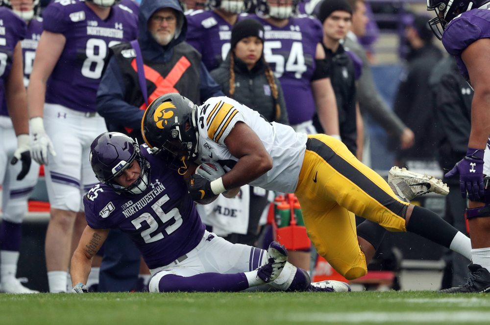 Iowa Hawkeyes linebacker Djimon Colbert (32) against the Northwestern Wildcats Saturday, October 26, 2019 at Ryan Field in Evanston, Ill. (Brian Ray/hawkeyesports.com)