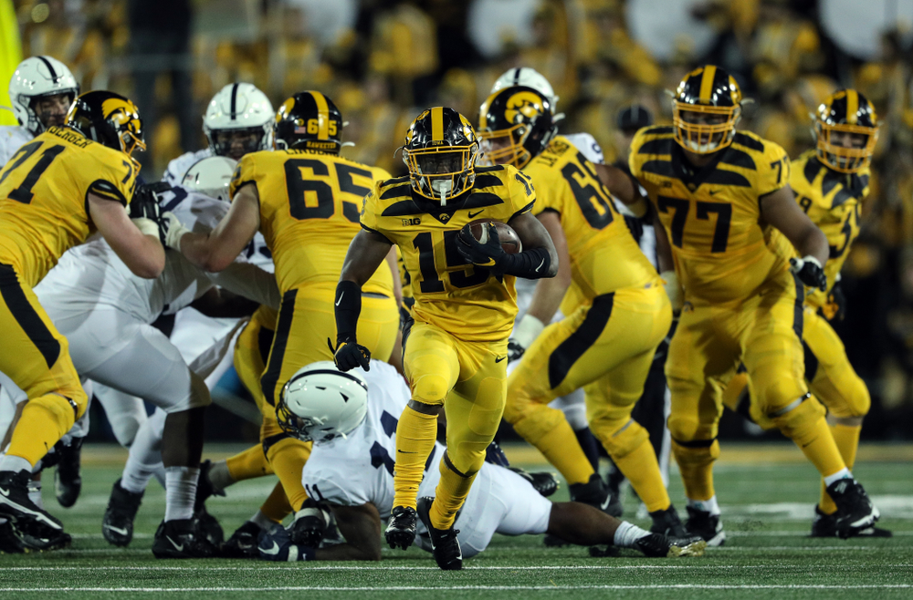 Iowa Hawkeyes running back Tyler Goodson (15) against the Penn State Nittany Lions Saturday, October 12, 2019 at Kinnick Stadium. (Brian Ray/hawkeyesports.com)