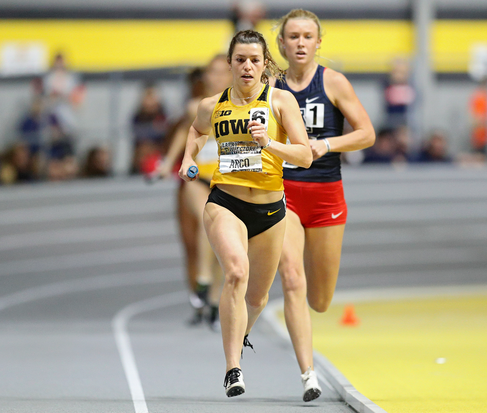 Iowa's Taylor Arco runs the women's 1600 meter relay event during the Larry Wieczorek Invitational at the Recreation Building in Iowa City on Saturday, January 18, 2020. (Stephen Mally/hawkeyesports.com)