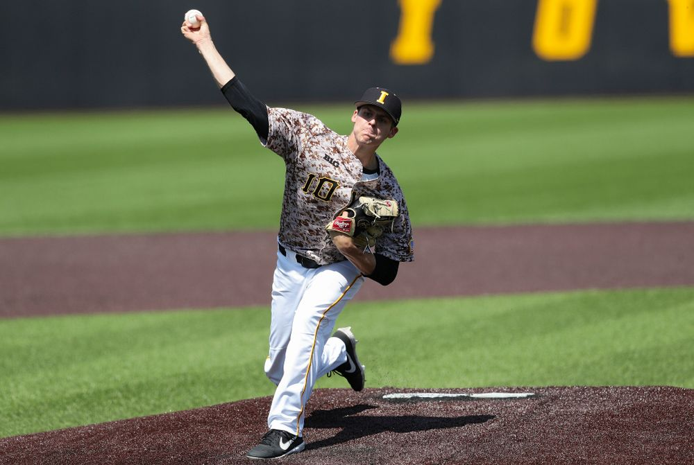 Iowa Hawkeyes pitcher Grant Judkins (7) delivers to the plate during the fourth inning of their game against UC Irvine at Duane Banks Field in Iowa City on Sunday, May. 5, 2019. (Stephen Mally/hawkeyesports.com)