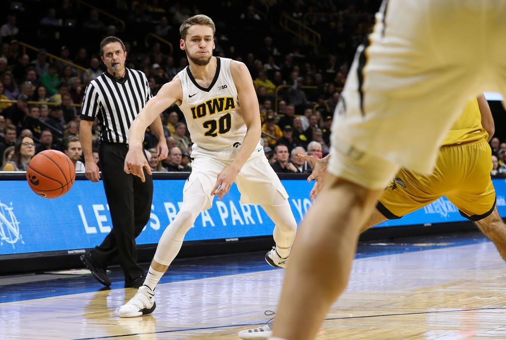 Iowa Hawkeyes forward Riley Till (20) passes the ball during a game against Alabama State at Carver-Hawkeye Arena on November 21, 2018. (Tork Mason/hawkeyesports.com)
