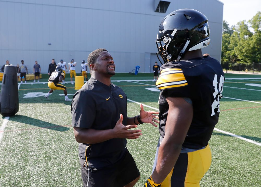 Iowa Hawkeyes running backs coach Derrick Foster and running back Mekhi Sargent (10) during camp practice No. 17 Wednesday, August 22, 2018 at the Kenyon Football Practice Facility. (Brian Ray/hawkeyesports.com)