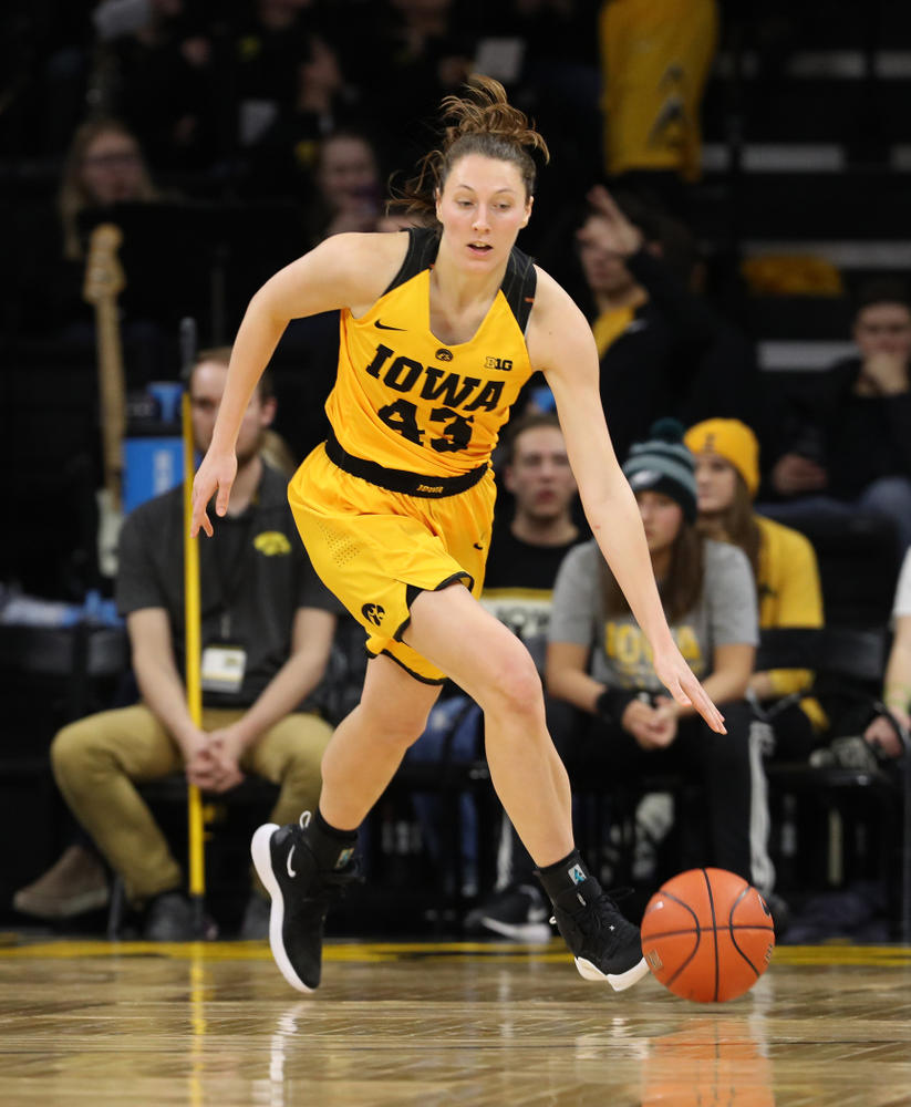 Iowa Hawkeyes forward Amanda Ollinger (43) against the Michigan State Spartans Thursday, February 7, 2019 at Carver-Hawkeye Arena. (Brian Ray/hawkeyesports.com)