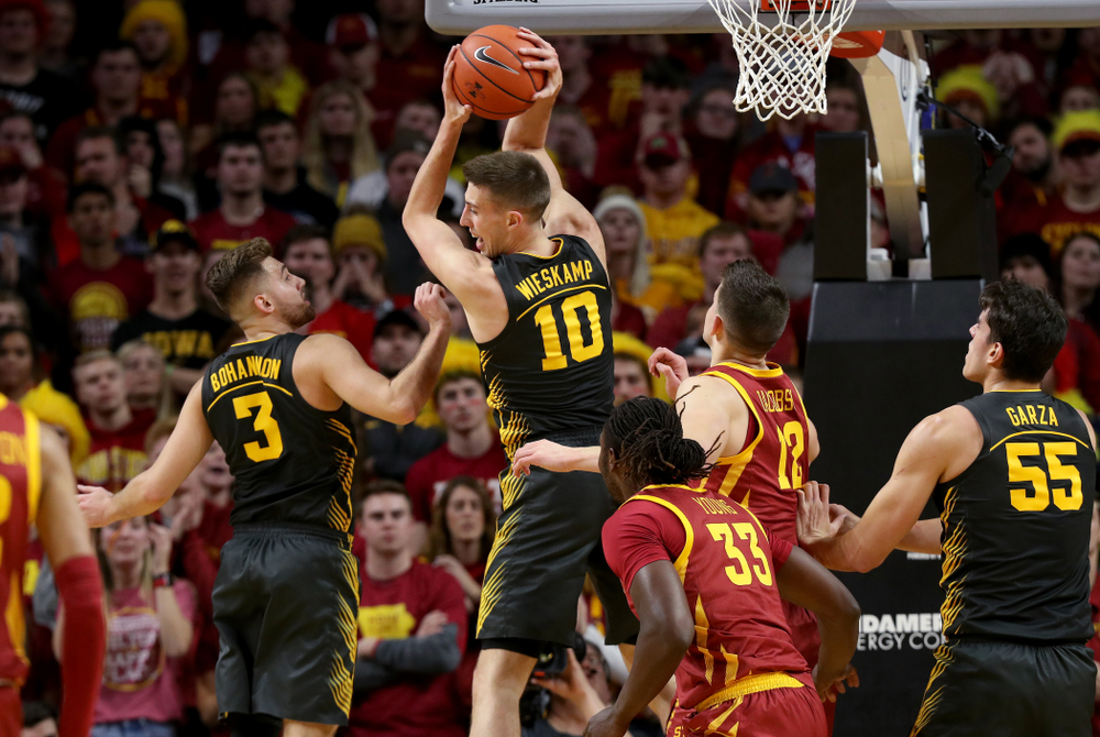 Iowa Hawkeyes guard Joe Wieskamp (10) against the Iowa State Cyclones Thursday, December 12, 2019 at Hilton Coliseum in Ames, Iowa(Brian Ray/hawkeyesports.com)