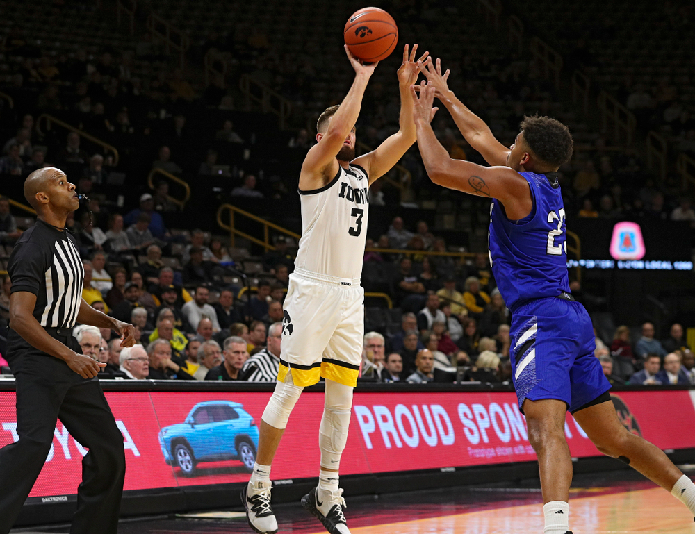 Iowa Hawkeyes guard Jordan Bohannon (3) makes a 3-pointer during the first half of their exhibition game against Lindsey Wilson College at Carver-Hawkeye Arena in Iowa City on Monday, Nov 4, 2019. (Stephen Mally/hawkeyesports.com)