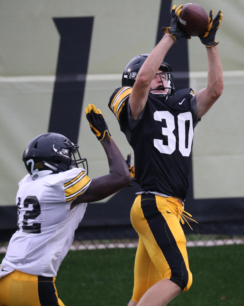 Iowa Hawkeyes wide receiver Quinn Schulte (30)