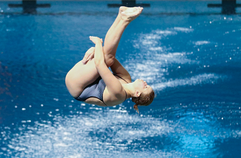 Iowa's Claire Park competes in the 1 meter diving event during their meet at the Campus Recreation and Wellness Center in Iowa City on Friday, February 7, 2020. (Stephen Mally/hawkeyesports.com)