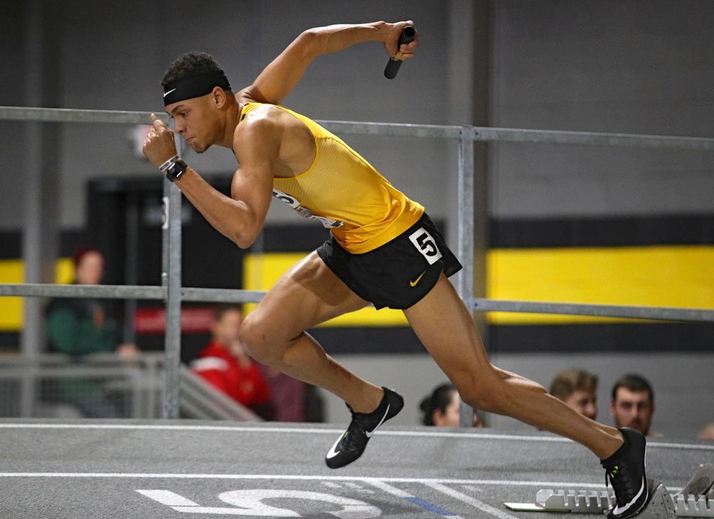 Iowa's Jamal Britt runs the men's 1600 meter relay premier event during the Larry Wieczorek Invitational at the Recreation Building in Iowa City on Saturday, January 18, 2020. (Stephen Mally/hawkeyesports.com)