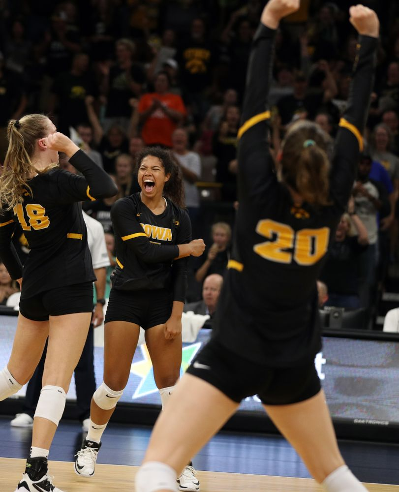 i1 Iowa Hawkeyes setter Brie Orr (7) against the Iowa State Cyclones Saturday, September 21, 2019 at Carver-Hawkeye Arena. (Brian Ray/hawkeyesports.com)