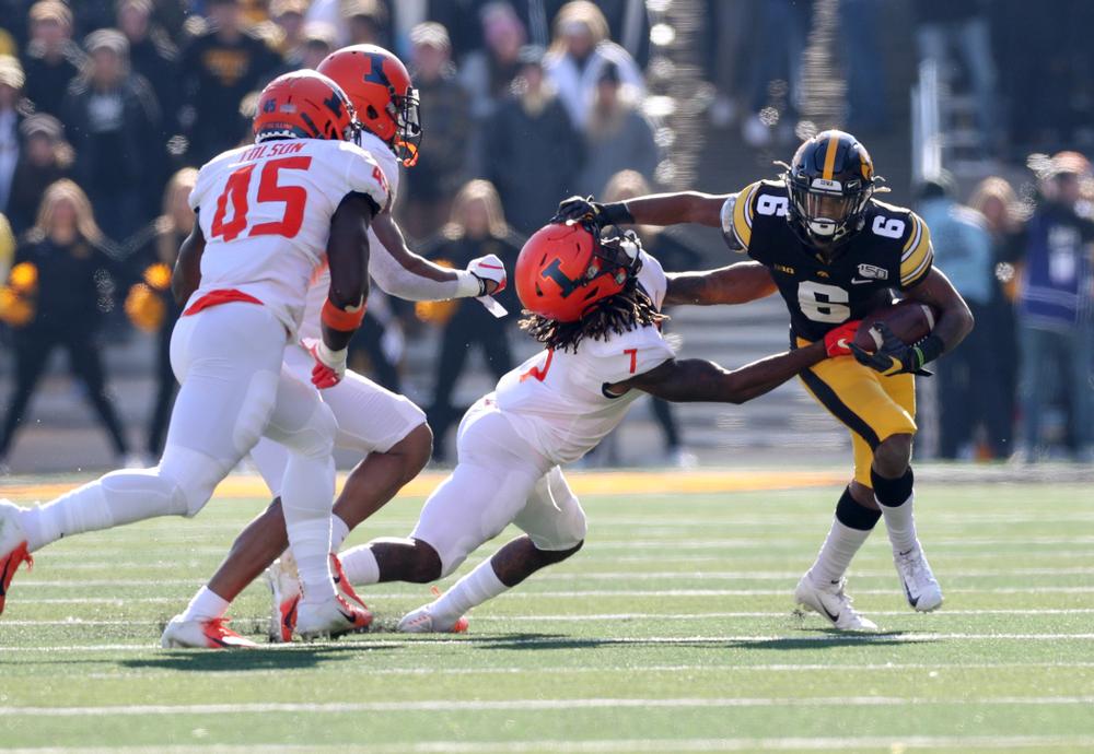 Iowa Hawkeyes wide receiver Ihmir Smith-Marsette (6) against the Illinois Fighting Illini Saturday, November 23, 2019 at Kinnick Stadium. (Brian Ray/hawkeyesports.com)