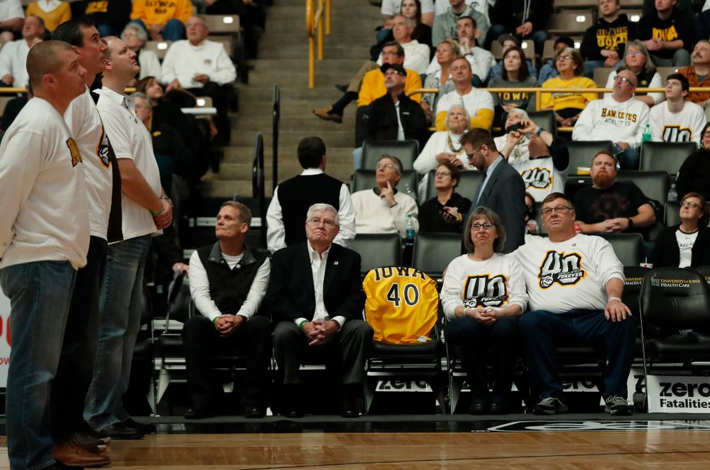 Mike and Patty Street, former head coach Tom Davis, former assistant coach Gary Close