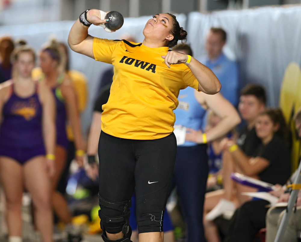 Iowa's Kat Moody competes in the women's shot put event at the Black and Gold Invite at the Recreation Building in Iowa City on Saturday, February 1, 2020. (Stephen Mally/hawkeyesports.com)