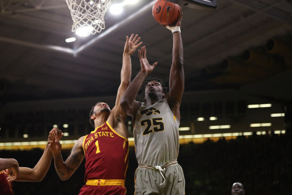 Iowa Hawkeyes forward Tyler Cook (25) against the Iowa State Cyclones in the Iowa Corn Cy-Hawk Series Thursday, December 6, 2018 at Carver-Hawkeye Arena. (Brian Ray/hawkeyesports.com)
