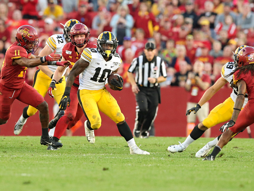 Iowa Hawkeyes running back Mekhi Sargent (10) on a run during the second quarter of their Iowa Corn Cy-Hawk Series game at Jack Trice Stadium in Ames on Saturday, Sep 14, 2019. (Stephen Mally/hawkeyesports.com)
