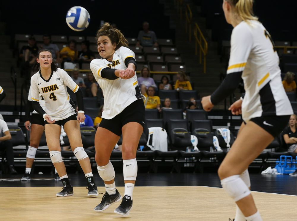 Iowa Hawkeyes defensive specialist Molly Kelly (1)