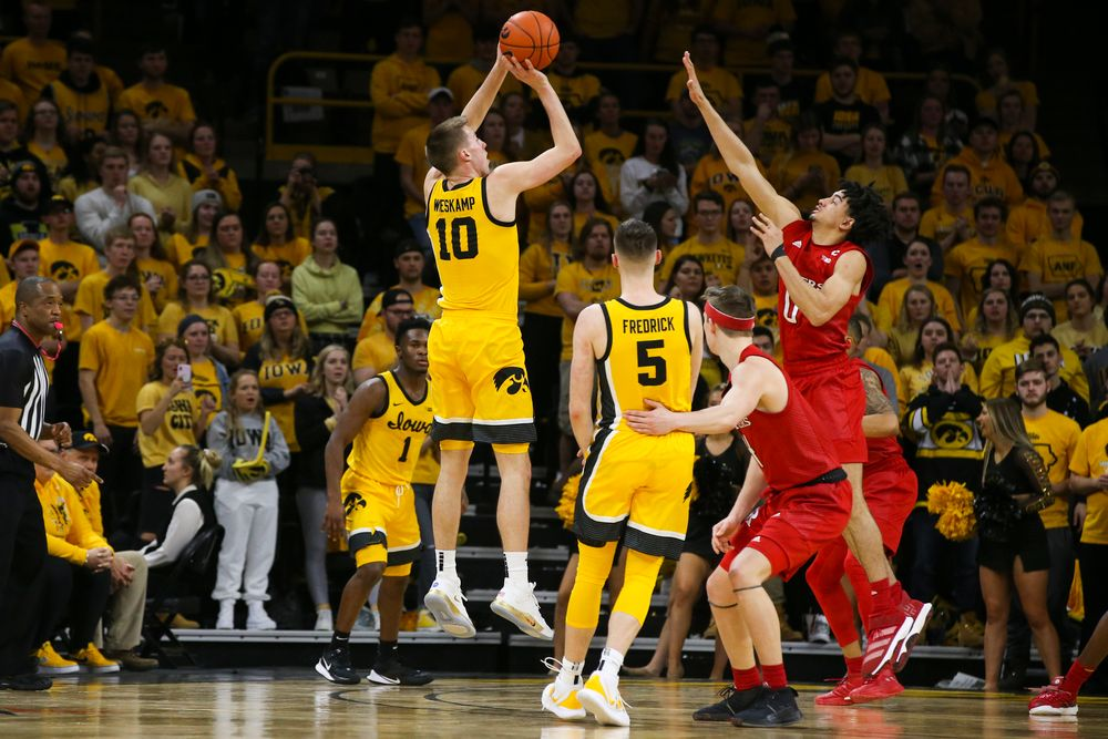 Iowa Hawkeyes guard Joe Wieskamp (10) attempts a shot during the Iowa men's basketball game vs Rutgers on Wednesday, January 22, 2020 at Carver-Hawkeye Arena. (Lily Smith/hawkeyesports.com)