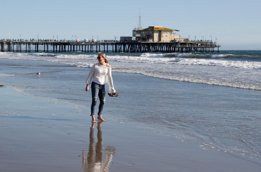 as they explore the beach Thursday, March 15, 2018 in Santa Monica. (Brian Ray/hawkeyesports.com)