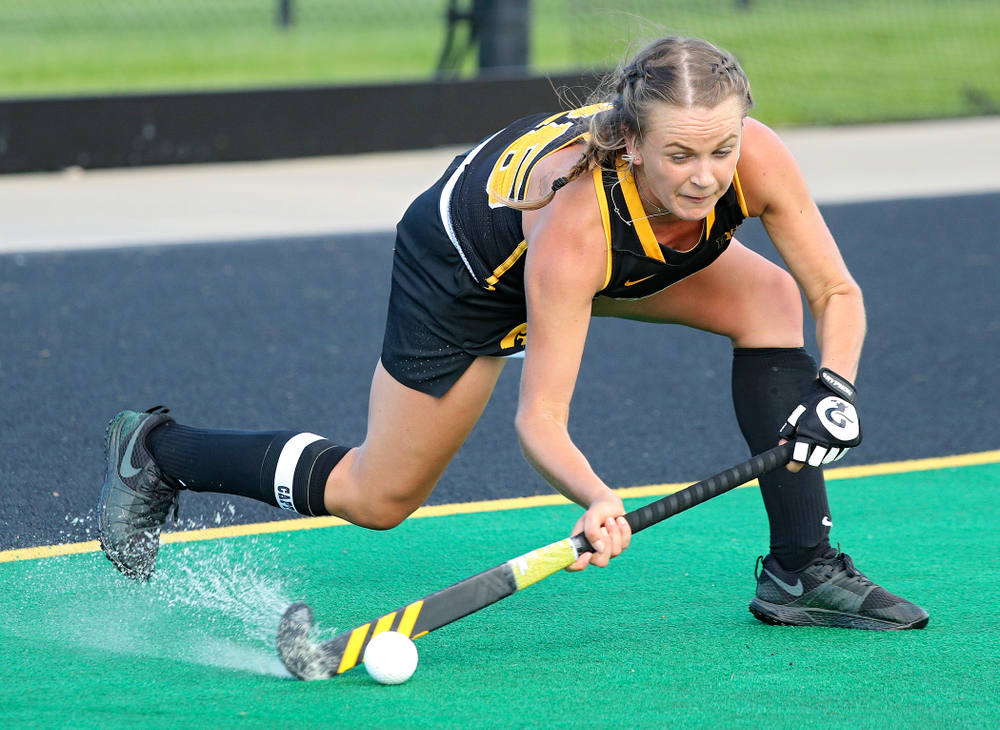 Iowa's Maddy Murphy (26) passes during the fourth quarter of their match at Grant Field in Iowa City on Friday, Oct 4, 2019. (Stephen Mally/hawkeyesports.com)