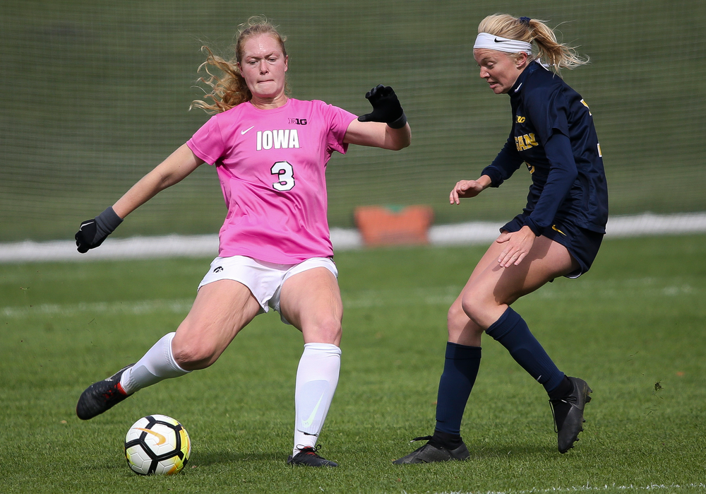 Iowa Hawkeyes defender Morgan Kemerling (3) passes the ball during a game against Michigan at the Iowa Soccer Complex on October 14, 2018. (Tork Mason/hawkeyesports.com)