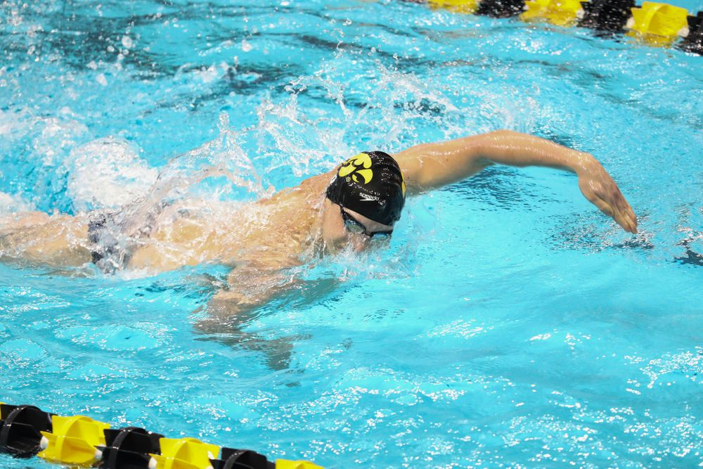 IowaÕs Aleksey Tarasenko competes in the 200 yard freestyle against Notre Dame and Illinois Saturday, January 11, 2020 at the Campus Recreation and Wellness Center.  (Brian Ray/hawkeyesports.com)