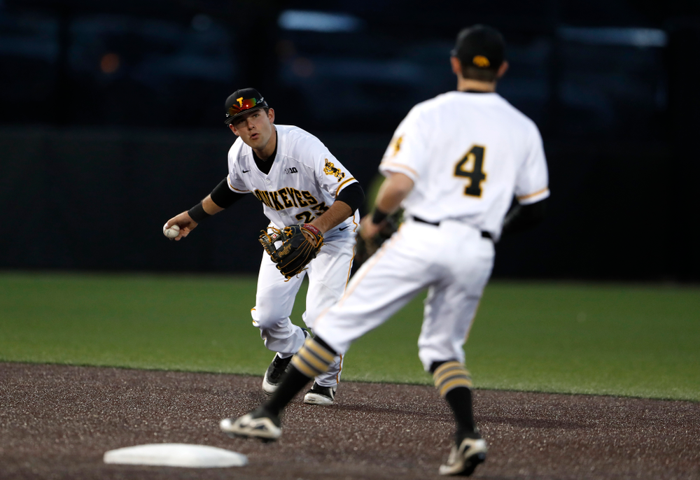 Iowa Hawkeyes infielder Kyle Crowl (23) against the Michigan Wolverines Friday, April 27, 2018 at Duane Banks Field in Iowa City. (Brian Ray/hawkeyesports.com)