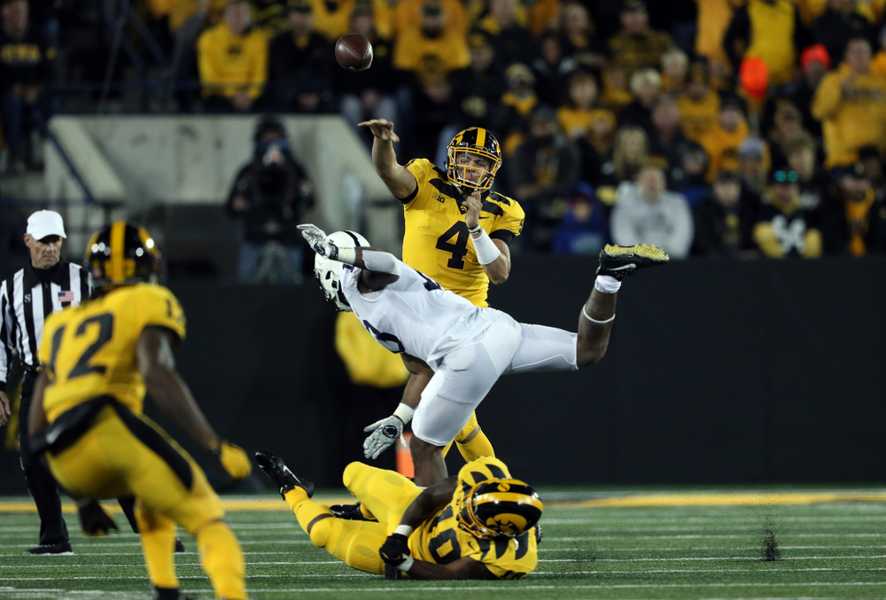 Iowa Hawkeyes quarterback Nate Stanley (4) against the Penn State Nittany Lions Saturday, October 12, 2019 at Kinnick Stadium. (Brian Ray/hawkeyesports.com)