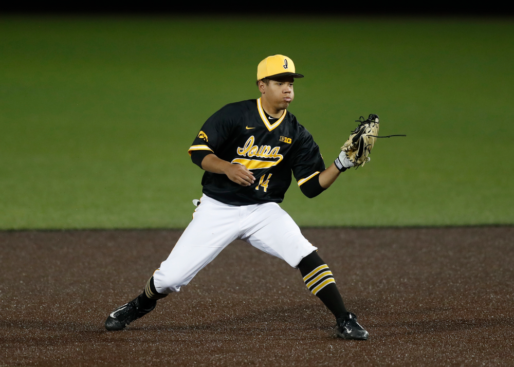 Iowa Hawkeyes second baseman Zion Pettigrew (14) against Milwaukee Wednesday, April 25, 2018 at Duane Banks Field. (Brian Ray/hawkeyesports.com)