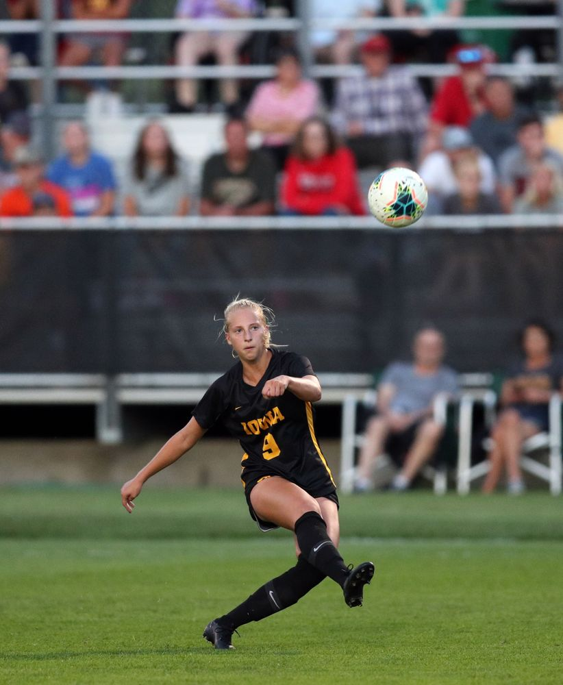 Iowa Hawkeyes defender Samantha Cary (9) during a 2-1 victory over the Iowa State Cyclones Thursday, August 29, 2019 in the Iowa Corn Cy-Hawk series at the Iowa Soccer Complex. (Brian Ray/hawkeyesports.com)