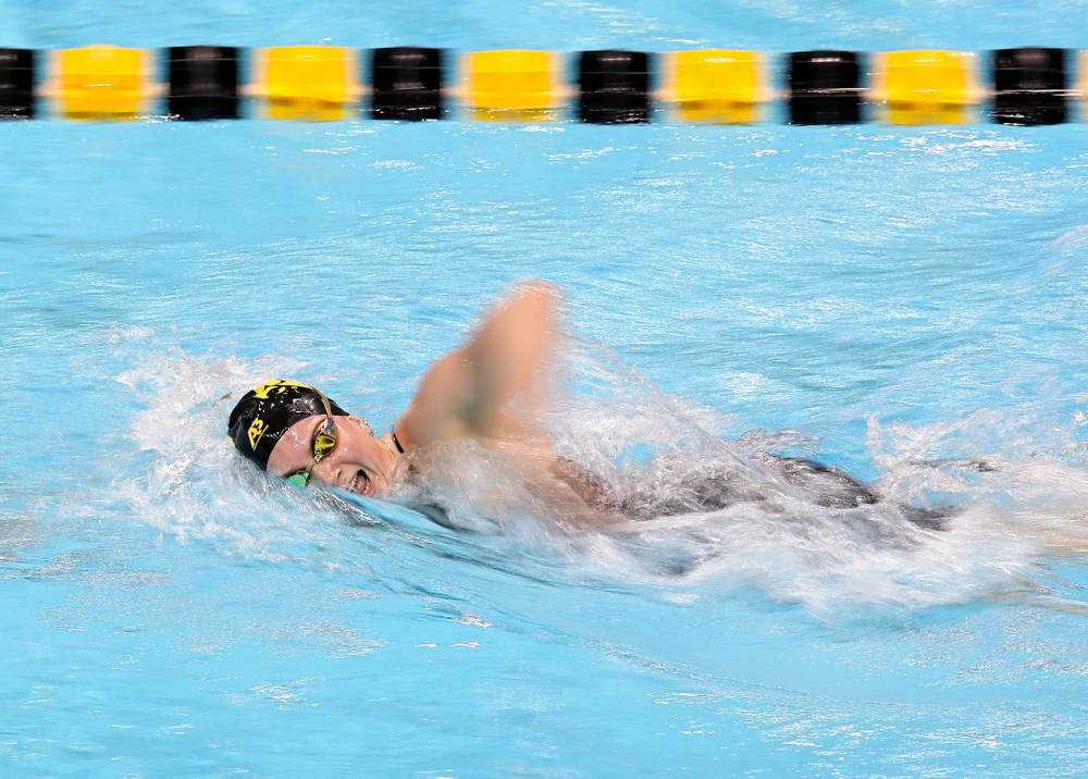 Iowa's Anna Brooker swims the women's 500 yard freestyle event during their meet at the Campus Recreation and Wellness Center in Iowa City on Friday, February 7, 2020. (Stephen Mally/hawkeyesports.com)