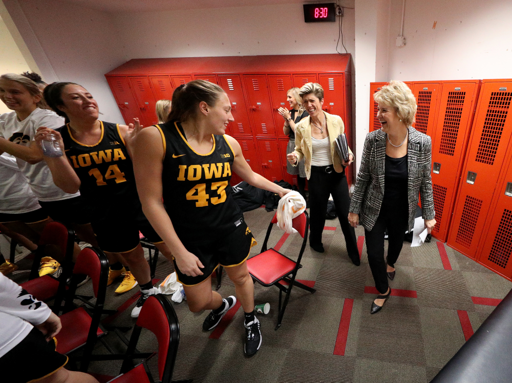 Iowa Hawkeyes head coach Lisa Bluder and forward Amanda Ollinger (43) against the Iowa State Cyclones Wednesday, December 11, 2019 at Hilton Coliseum in Ames, Iowa(Brian Ray/hawkeyesports.com)