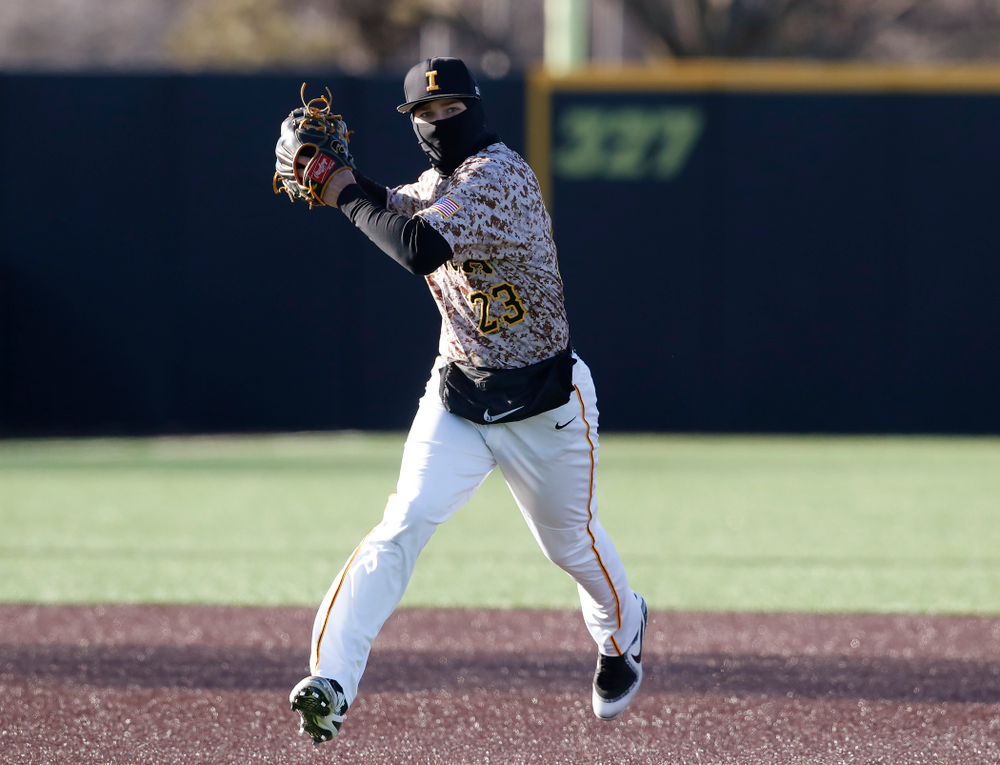 Iowa Hawkeyes infielder Kyle Crowl (23) against the Ohio State Buckeyes Saturday, April 7, 2018 at Duane Banks Field. (Brian Ray/hawkeyesports.com)