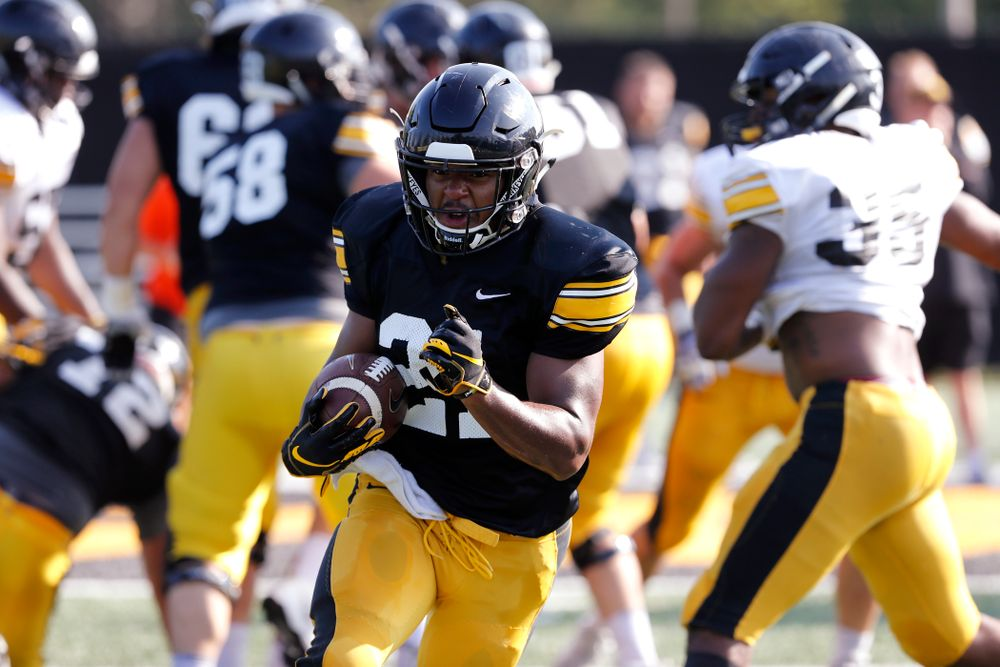 Iowa Hawkeyes running back Ivory Kelly-Martin (21) during camp practice No. 17 Wednesday, August 22, 2018 at the Kenyon Football Practice Facility. (Brian Ray/hawkeyesports.com)