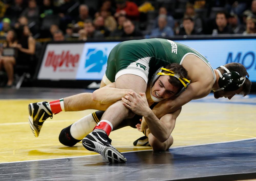 Iowa's Paul Glynn pins Michigan State's Matt Santos at 133 pounds