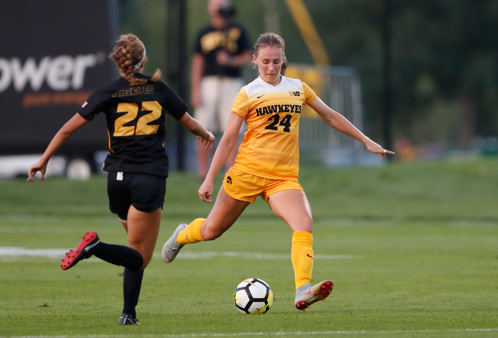 Iowa Hawkeyes Sara Wheaton (24) against the Missouri Tigers Friday, August 17, 2018 at the Iowa Soccer Complex. (Brian Ray/hawkeyesports.com)