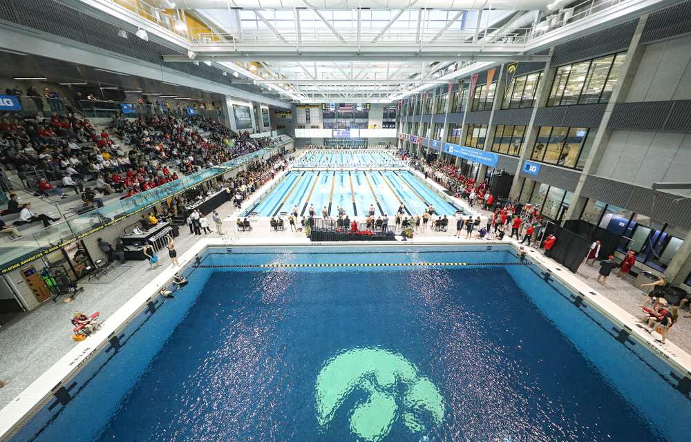 The 800 yard freestyle relay event during the 2020 Big Ten Women's Swimming and Diving Championships at the Campus Recreation and Wellness Center in Iowa City on Wednesday, February 19, 2020. (Stephen Mally/hawkeyesports.com)