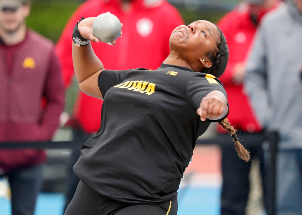 Iowa's Nia Britt throws during the women's shot put event on the second day of the Big Ten Outdoor Track and Field Championships at Francis X. Cretzmeyer Track in Iowa City on Saturday, May. 11, 2019. (Stephen Mally/hawkeyesports.com)
