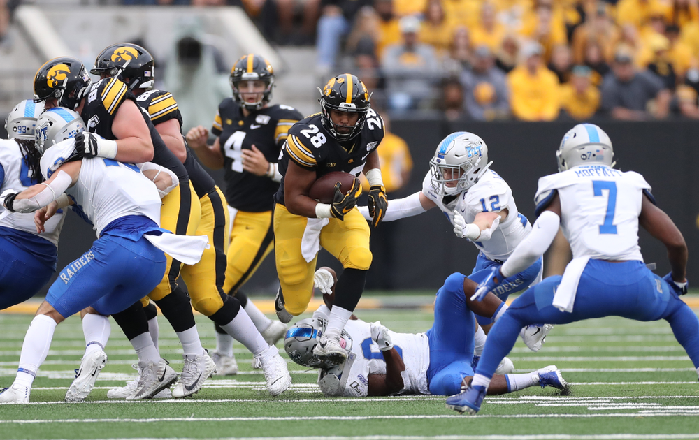 Iowa Hawkeyes running back Toren Young (28) against Middle Tennessee State Saturday, September 28, 2019 at Kinnick Stadium. (Max Allen/hawkeyesports.com)