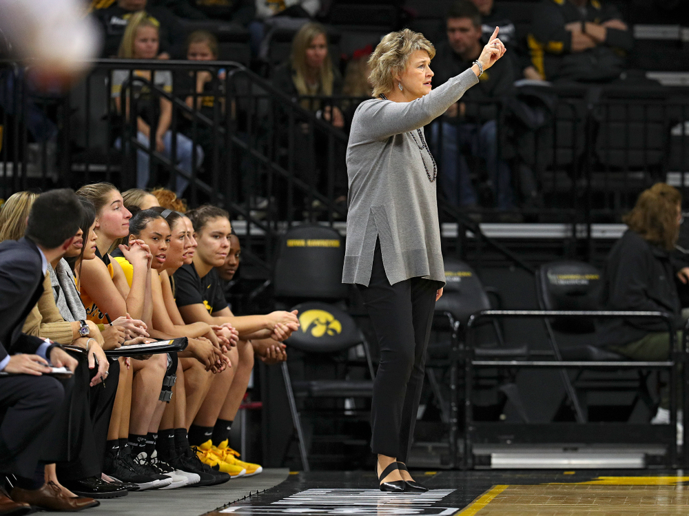 Iowa head coach Lisa Bluder directs her team during the second quarter of their game against Winona State at Carver-Hawkeye Arena in Iowa City on Sunday, Nov 3, 2019. (Stephen Mally/hawkeyesports.com)