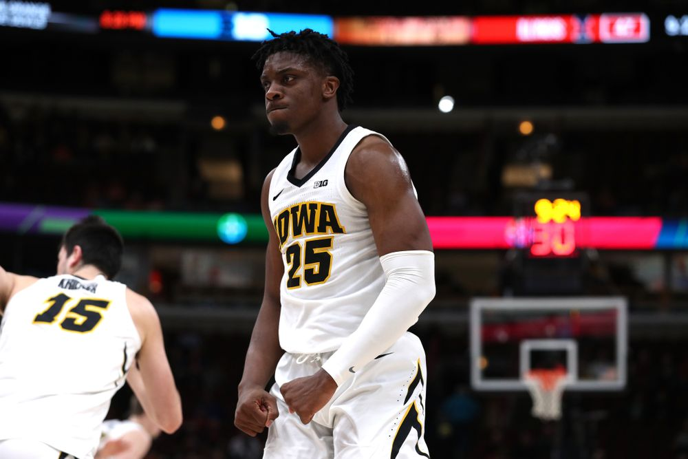 Iowa Hawkeyes forward Tyler Cook (25) against the Illinois Fighting Illini in the 2019 Big Ten Men's Basketball Tournament Thursday, March 14, 2019 at the United Center in Chicago. (Brian Ray/hawkeyesports.com)