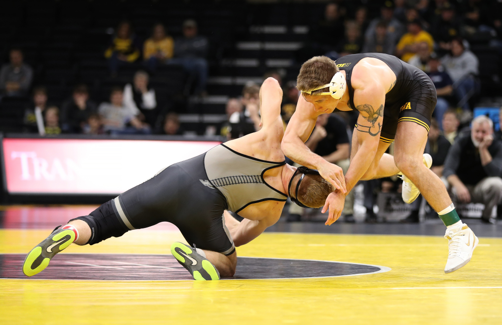 Iowa's Cash Wilcke wrestles Purdue's Max Lyon at 184 pounds Saturday, November 24, 2018 at Carver-Hawkeye Arena. (Brian Ray/hawkeyesports.com)
