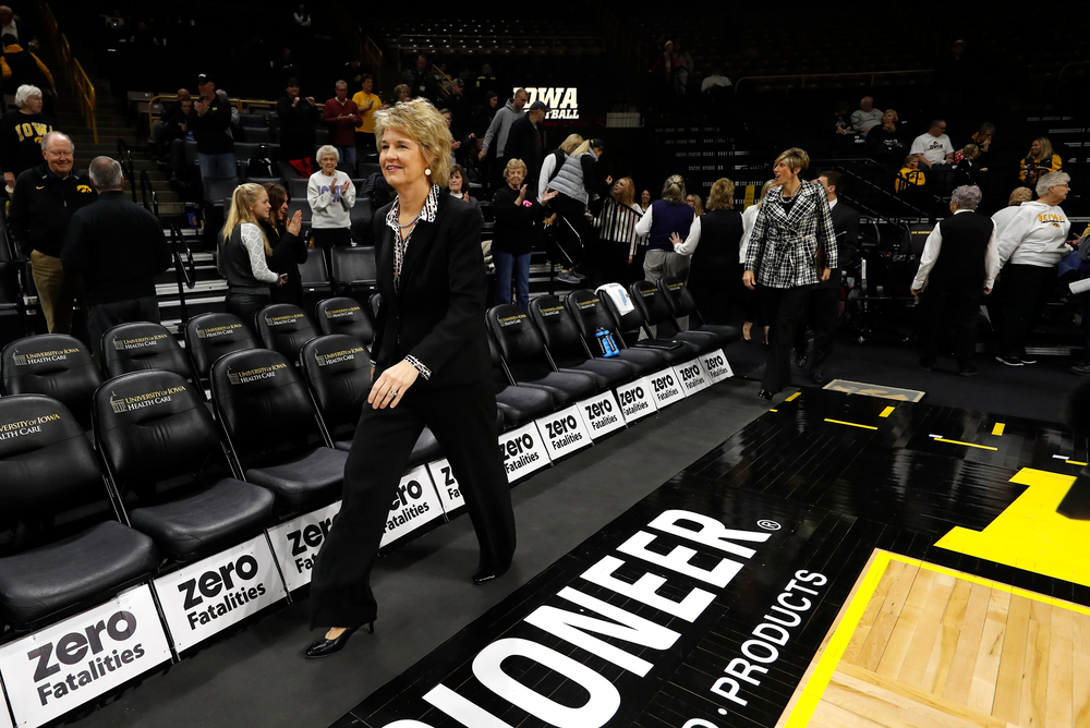 Head coach Lisa Bluder