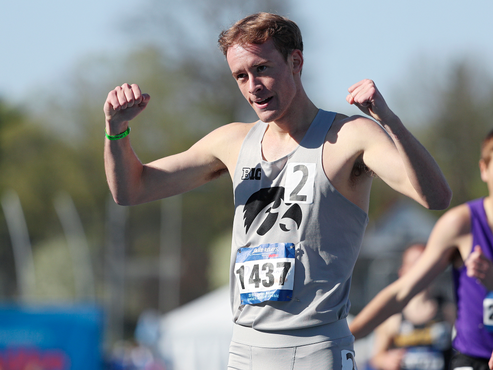 Iowa's Jeff Roberts celebrates after finishing the men's 1500 meter event during the first day of the Drake Relays at Drake Stadium in Des Moines on Thursday, Apr. 25, 2019. (Stephen Mally/hawkeyesports.com)