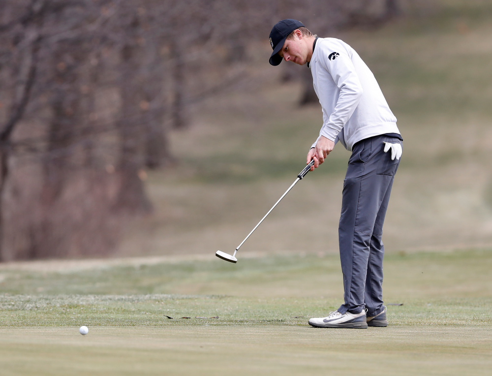 Benton Weinberg during the 2018 Hawkeye Invitational  Friday, April 13, 2018 at Finkbine Golf Course. (Brian Ray/hawkeyesports.com)