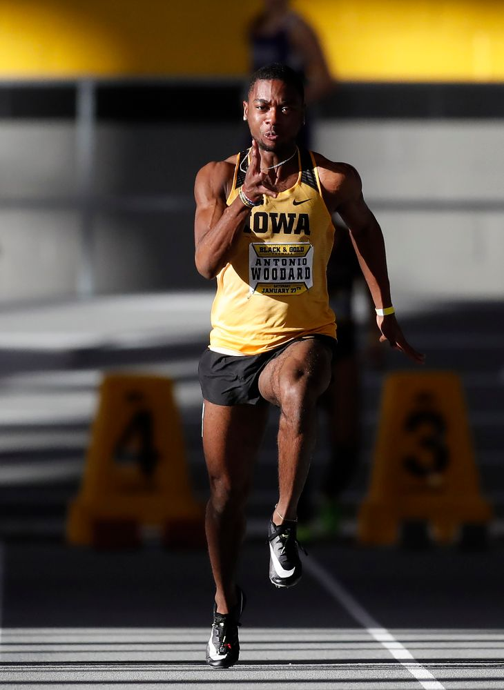 Antonio Woodard competes in 60 meter dash