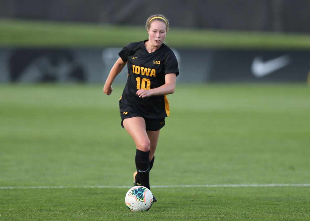 Iowa Hawkeyes midfielder/defender Natalie Winters (10) during a 2-1 victory over the Iowa State Cyclones Thursday, August 29, 2019 in the Iowa Corn Cy-Hawk series at the Iowa Soccer Complex. (Brian Ray/hawkeyesports.com)
