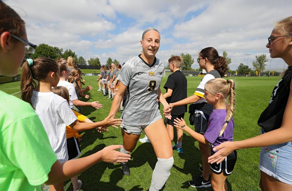 Iowa defender Samantha Cary (9) takes the field for their match at the Iowa Soccer Complex in Iowa City on Sunday, Sep 1, 2019. (Stephen Mally/hawkeyesports.com)