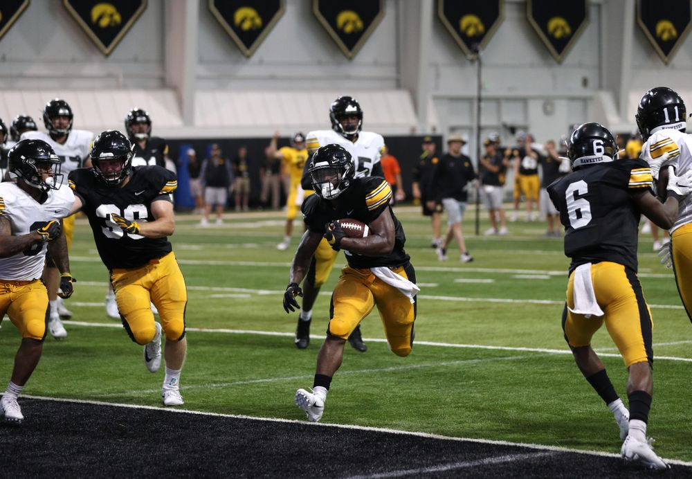 Iowa Hawkeyes running back Mekhi Sargent (10) During Fall Camp Practice No. 6 Thursday, August 8, 2019 at the Ronald D. and Margaret L. Kenyon Football Practice Facility. (Brian Ray/hawkeyesports.com)