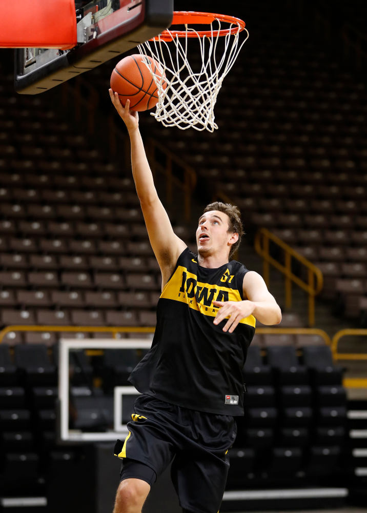 Iowa Hawkeyes forward Nicholas Baer (51) goes to the hoop during the first practice of the season Monday, October 1, 2018 at Carver-Hawkeye Arena. (Brian Ray/hawkeyesports.com)