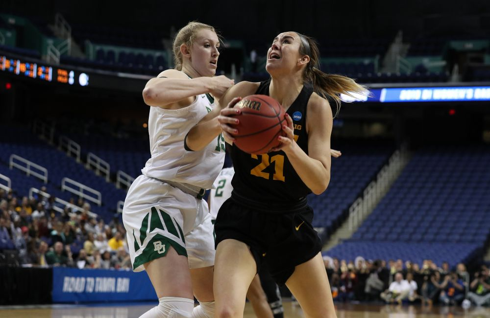 Iowa Hawkeyes forward Hannah Stewart (21) against the Baylor Lady Bears in the regional final of the 2019 NCAA Women's College Basketball Tournament Monday, April 1, 2019 at Greensboro Coliseum in Greensboro, NC.(Brian Ray/hawkeyesports.com)
