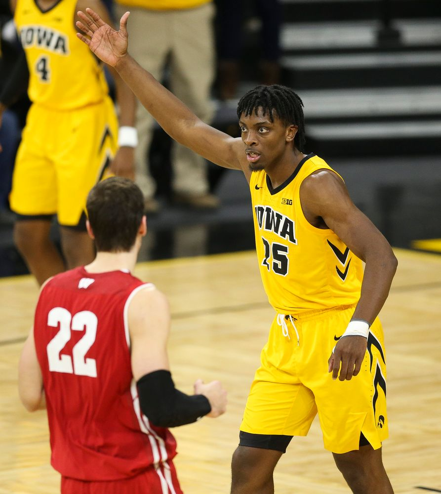 Iowa Hawkeyes forward Tyler Cook (25) pumps up the crowd after a made basket against Wisconsin on November 30, 2018 at Carver-Hawkeye Arena. (Tork Mason/hawkeyesports.com)